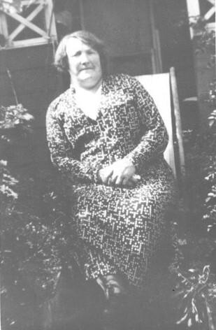 Jeannie Barr